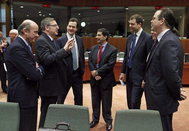 Luis De Guindos En Una Reunión Del Ecofin