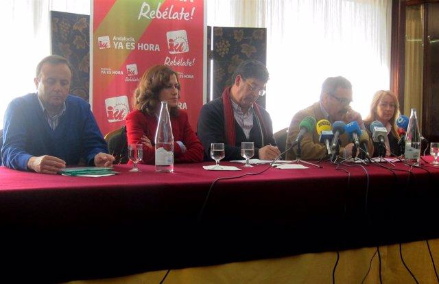 Valderas (C), Junto A Candidatos Y Dirigentes De IU En Jaén.