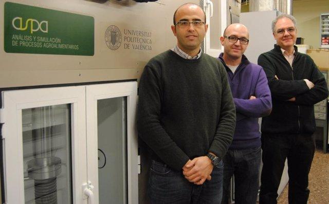 Investigadores Que Han Diseñado El Nuevo Dispositivo Ultrasónico