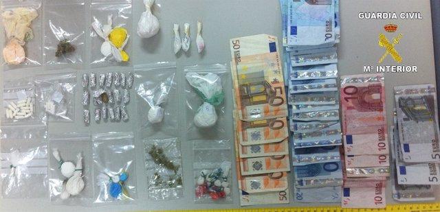 Droga Y Dinero Incautado En La Operación