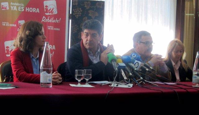 Valderas, Junto A Otros Dirigentes De IU En La Provincia De Jaén.