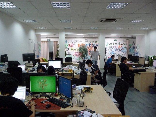 Recurso De Ordenadores En Oficina