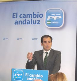El Presidente Del PP En Córdoba Y Alcalde De La Capital, José Antonio Nieto