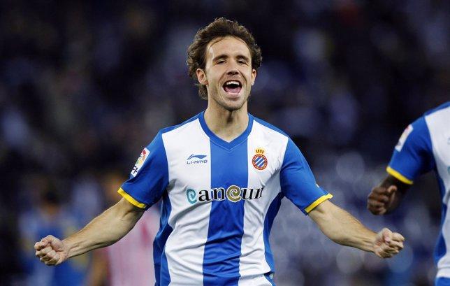 Verdú, Jugador Del Espanyol, Celebra El Segundo Gol Perico