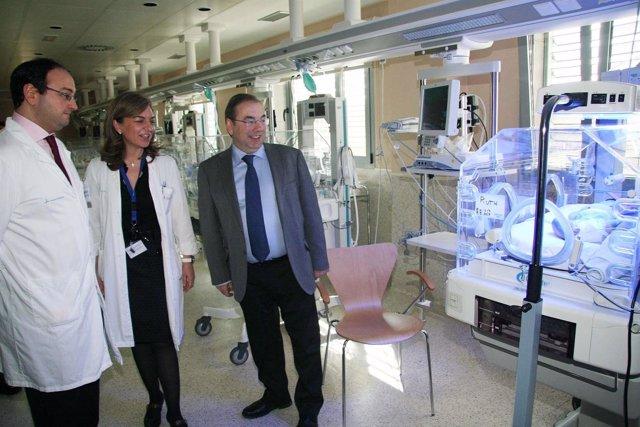 Rosado Visita El Área Materno-Infantil Del Hospital De Manises