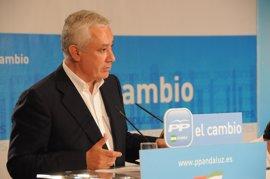 Arenas, dispuesto a participar en todos los debates que se celebren, cree necesario un acuerdo entre PSOE, PP e IU