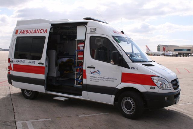 Ambulancia Aeropuerto De Palma