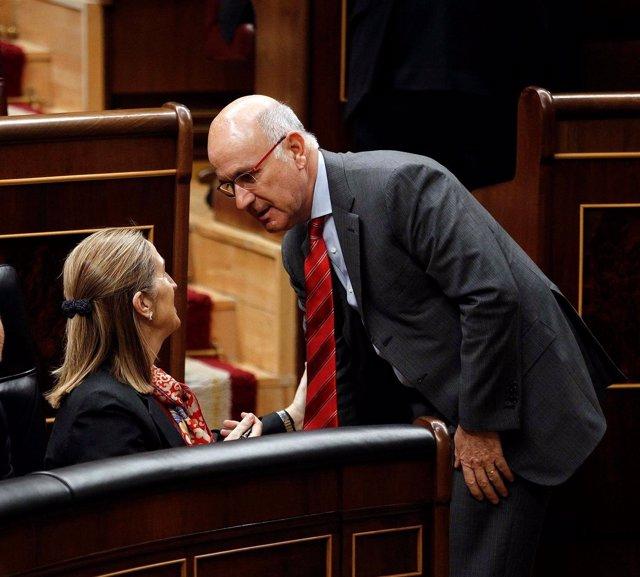 La Ministra De Fomento, Ana Pastor, Con Josep Antoni Duran I Lleida (Ciu)