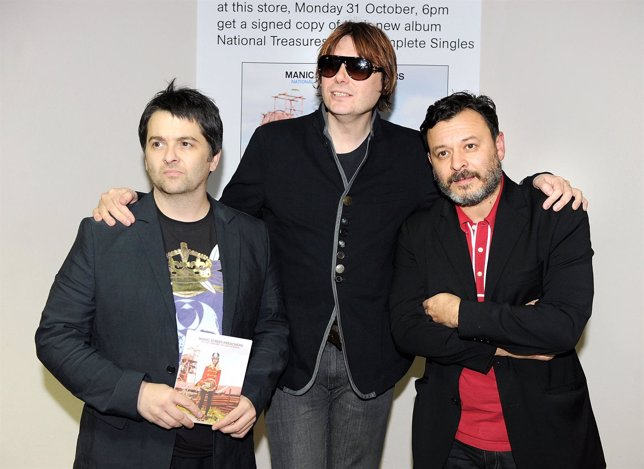 Sean Moore, Nicky Wire Y James Dean Bradfield De La Banda Manic Street Preachers