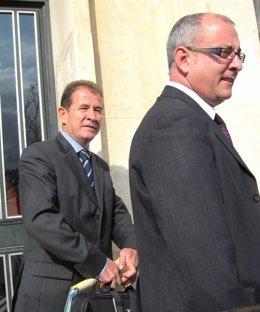 Morales Y Caballero