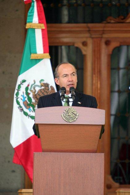 """Calderón reconoce """"crisis"""" en el sistema penitenciario de México"""