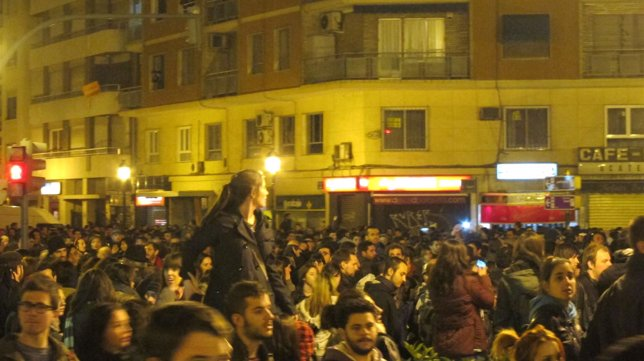 Manifestantes En La Gran Vía Fernando El Católico