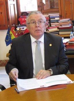 Rector UMU José Antonio Cobacho