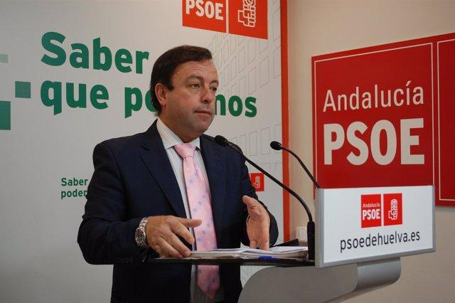 El candidato a la Alcaldía de Bollullos Par del Condado, Carlos Sánchez