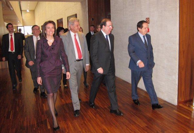 Cirac (I), Posada, Herrera Y Lucas Acceden Al Hemiciclo De Las Cortes