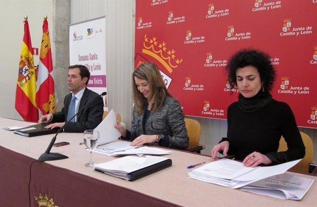 La Consejera De Cultura Y Turismo, Alicia García, En El Centro.