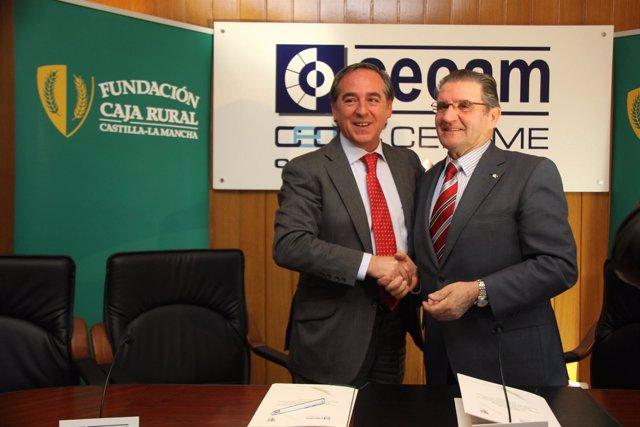 Nicolás Y Gómez Mora En La Firma Del Acuerdo
