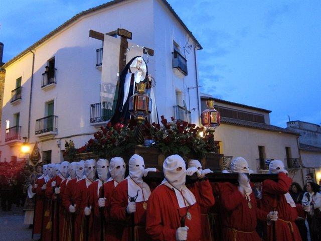 Procesión En Cáceres.