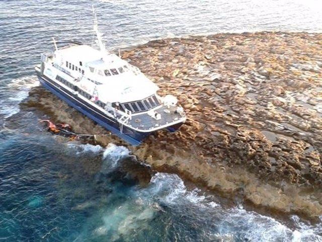 Buque Varado En Sa Torreta, En Formentera
