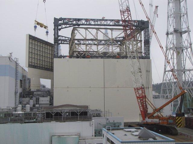 Uno De Los Reactores De La Central Nuclear Japonesa De Fukushima