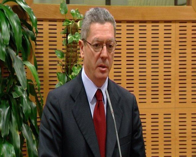 Gallardón respeta la sentencia de Garzón