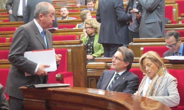 El Conseller Felip Puig, El Pte.Catalán Artur Mas Y La Vpta.Joana Ortega