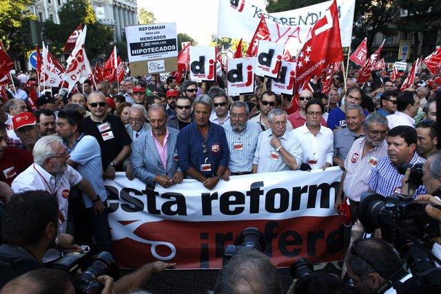 Mendez Y Toxo En Una Manifestación Contra La Reforma Laboral