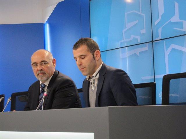 Los Parlamentarios Del PSE Jose Antonio Pastor Y Oscar Rodriguez