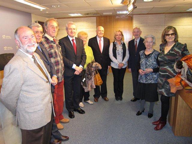 Colaboración Aulas De La Tercera Edad Y Gobierno Riojano