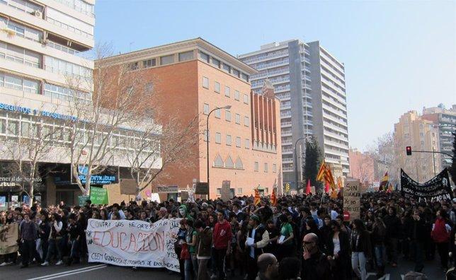 Concentración De Estudiantes En Zaragoza El 29 De Febrero De 2012