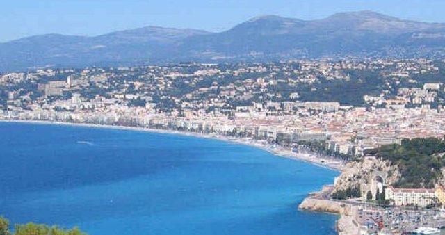 Playa De Niza (Francia)