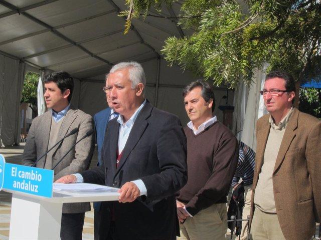 El Candidato Popular A Las Elecciones Andaluzas, Javier Arenas, En Isla Cristina