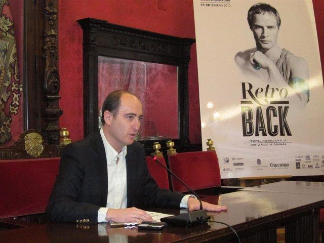 El Concejal De Cultura En El Ayuntamiento De Granada, Juan García Montero.