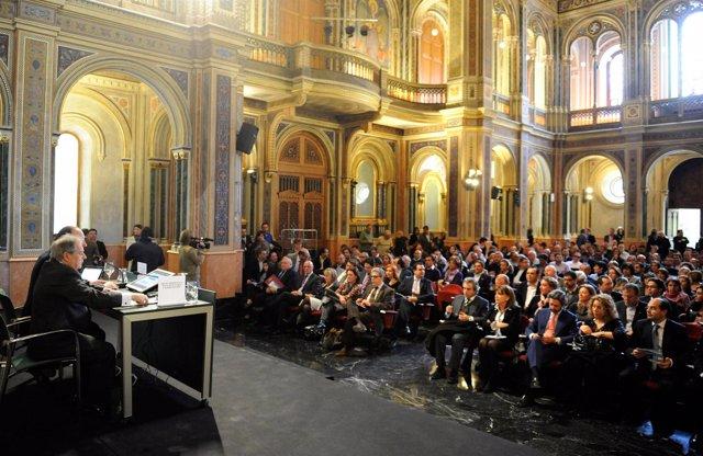 Rus Ante Más De 200 Alcaldes Y Concejales