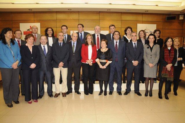 La conselleira de Sanidade (2ª por la izqda) en Consejo Interterritorial SNS