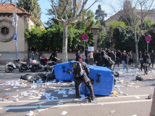 Protestas Estudiantiles Contra Los Recortes