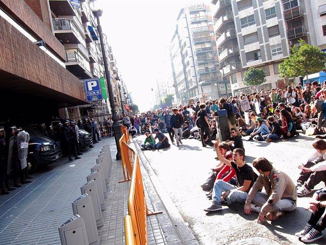 Durante Una Protesta De Estudiantes