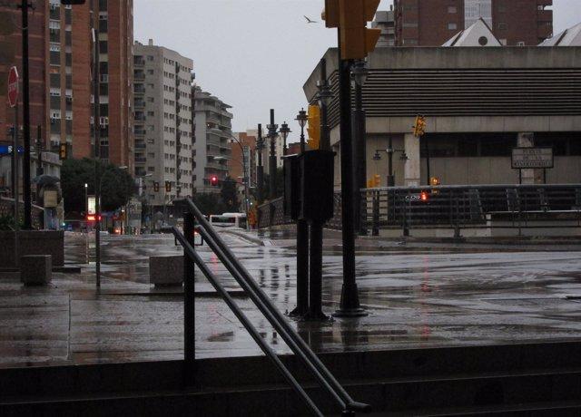 Una Calle De Málaga Con Lluvia