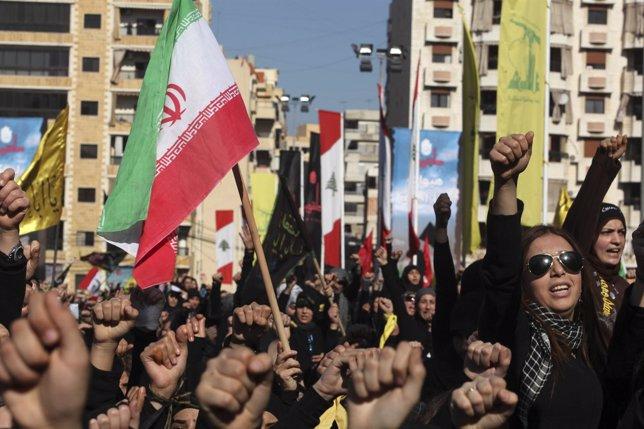Manifestación Multitudinaria De Apoyo A Hezbolá Y El Gobierno De Irán En Beirut