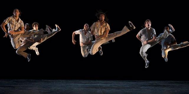 Danza Contemporánea De Cuba En El Mercat De Les Flors