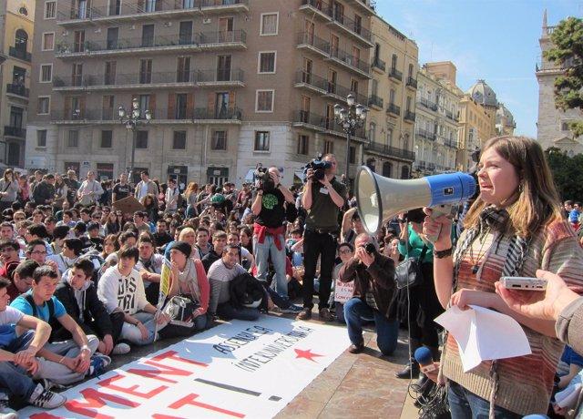 La Manifestación Estudiantil De Valencia