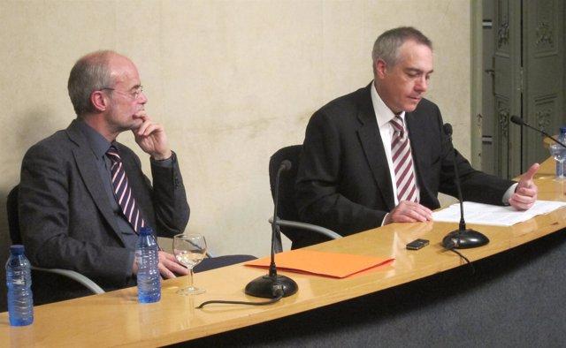 Secretario General Del PSC, Pere Navarro, y el socialista Antoni Castells