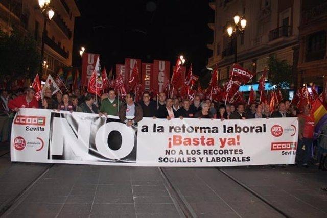 Manifestación Contra La Reforma Laboral En Sevilla (29 De Febrero)