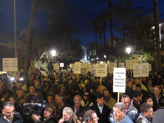 Protesta Contra La Reforma Laboral En Badajoz