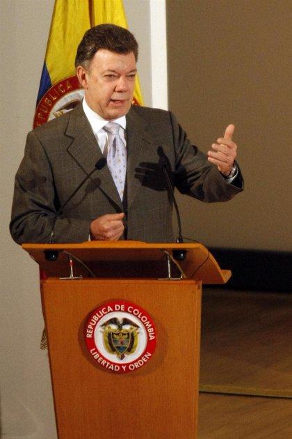 La popularidad de Santos cae a su nivel más bajo desde que asumió el poder