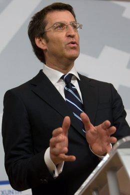 El Presidente Alberto Núñez Feijóo En Rueda De Prensa