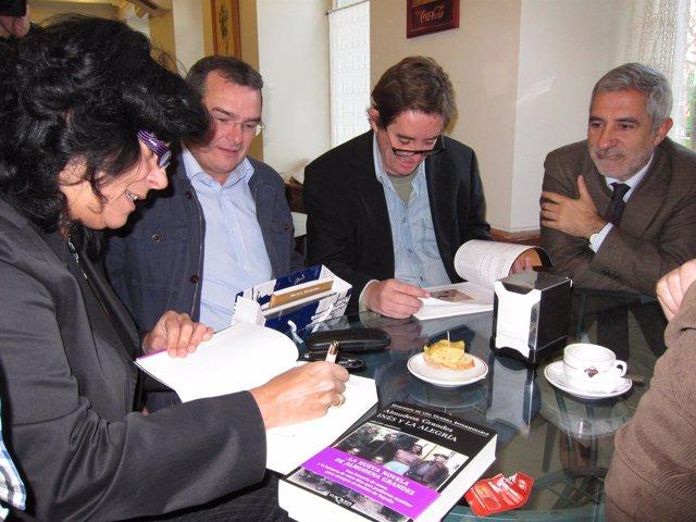 Gaspar Llamazares Con Intelectuales