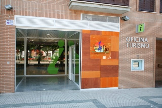 Oficina Municipal De Turismo De Ejea De Los Caballeros (Zaragoza)