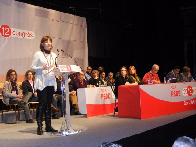 Francina Armengol En El Congreso De Los Socialistas