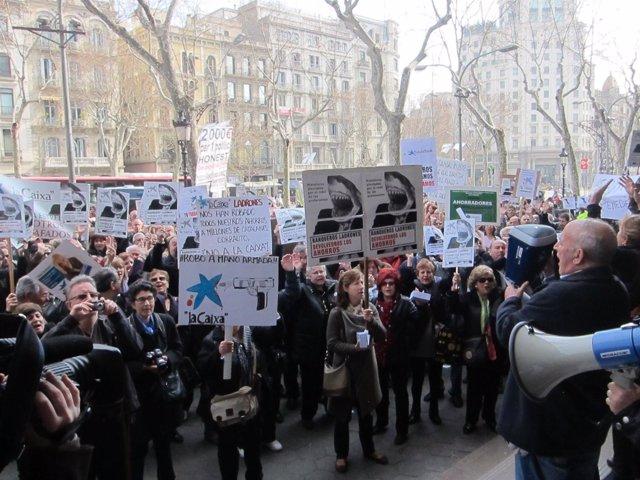 Afectados Por Las Participaciones Preferentes Frente La Bolsa De Barcelona
